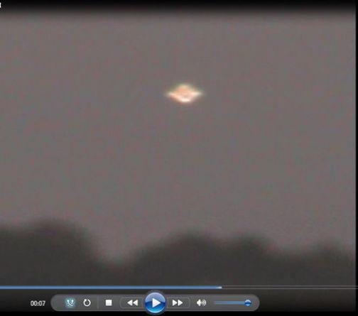 San Nicola Manfredi, in un video le immagini inedite di un disco volante