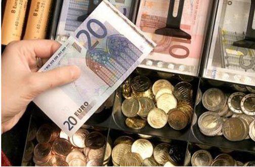 Istat: in aumento la fiducia dei consumatori