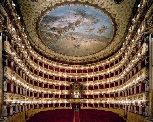 Teatro San Carlo: per i cittadini di Sant'Agata biglietti a prezzo ridotto.