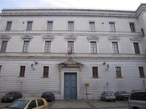 'Il Nichilismo e i Giovani', conferenza di Umberto Galimberti all' Aditorium Sant'Agostino