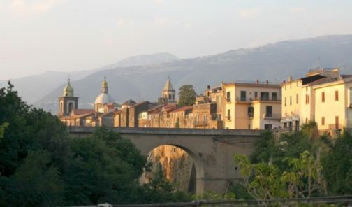 Sant'Agata, anticipato al 23 aprile il mercato di Pasqua e 1° maggio.