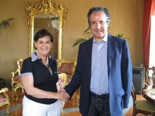 Palazzo Mosti, Fausto Pepe incontra le presidente dell'Aci Lia La Motta