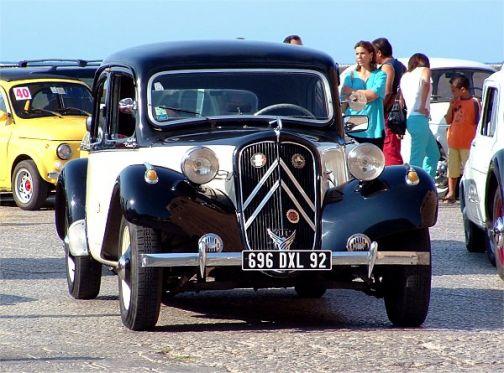 A Foglianise quinto tour di auto e moto d'epoca