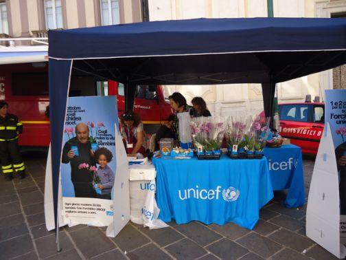 'Un'orchidea per la vita': successo Unicef