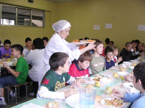 Sant'Agata, al via il servizio mensa per le scuole materne.