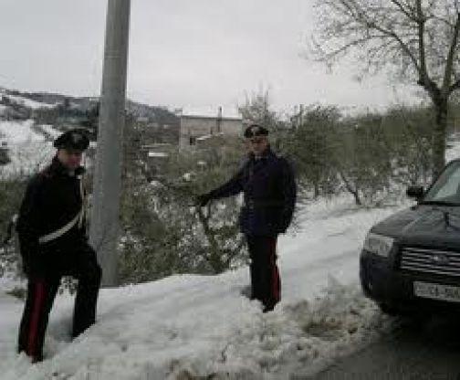 Vitulano, maltempo: i Carabinieri soccorrono operaio Enel