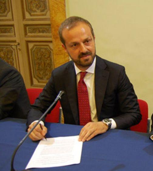 Coldiretti, Masiello: 'Aumento benzina del 17,4 per cento in un anno'