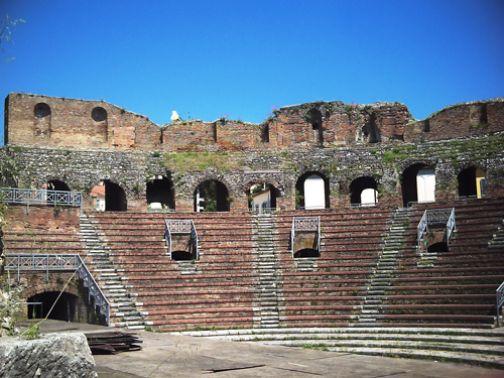 Teatro Romano, attesa per il debutto della Stagione Lirica con il Rigoletto di Verdi