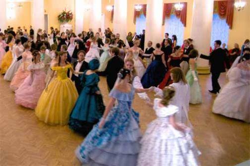 Guardia, Gran Ballo Ottocentesco al castello dei Sanframondo: il 21 giugno