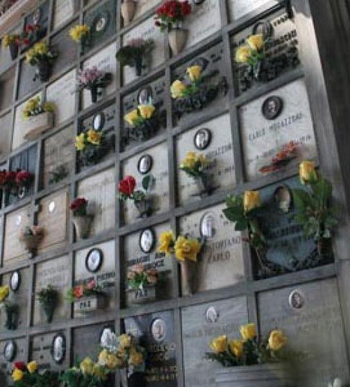 Cimitero, ecco gli orari di accesso in vigore dal 26 ottobre