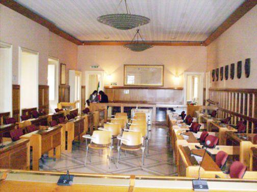 Palazzo Mosti, nuova seduta del Consiglio comunale