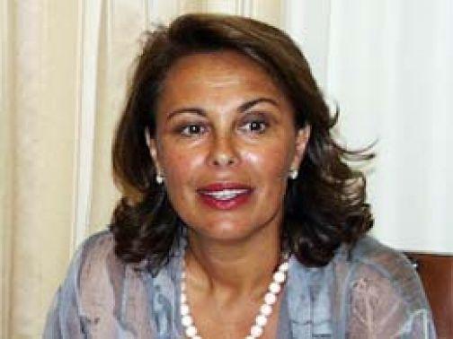 """Sandra Lonardo: 'Stop a manifesto selvaggio, punire chi li affigge e pure chi li tollera"""""""