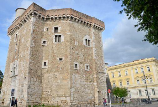 Servizi presso strutture monumentali provinciali: prorogati al 31 luglio