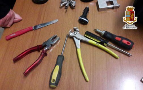 Telese Terme sorpreso pregiudicato in possesso di oggetti atti allo scasso