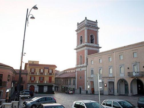 Avevano seminato il panico tra i commercianti di Ariano Irpino: arrestati