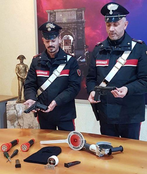 Apice, avevano appena rubato cerchi in lega: arrestati dai Carabinieri