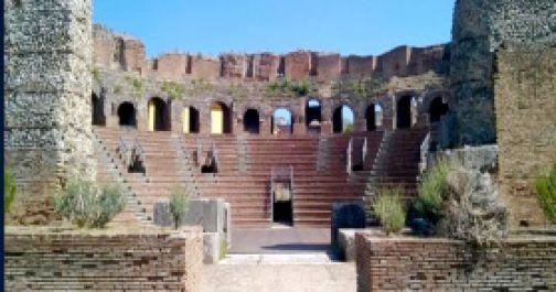 """Teatro Romano, sabato torna """"Aperitivo in musica"""""""