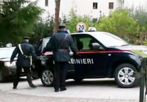 Benevento, spacciatore in manette mentre vende una dose di eroina