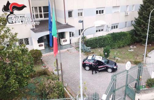 Carabinieri, intenso fine settimana: tra i vari interventi 2 arresti e un medico interdetto dalla professione