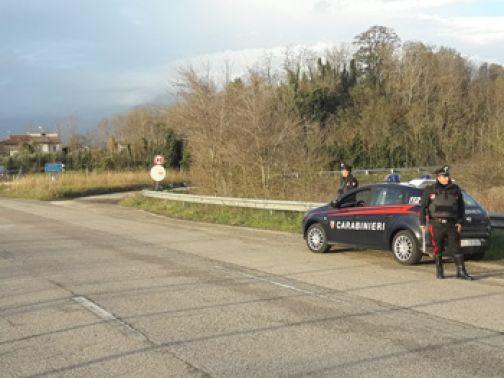 Solopaca, tenta la truffa dello specchietto: denunciato dai Carabinieri