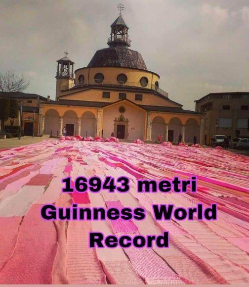 Carlo Iannace e la sua sciarpa da record: 16.943 metri di amore e speranza