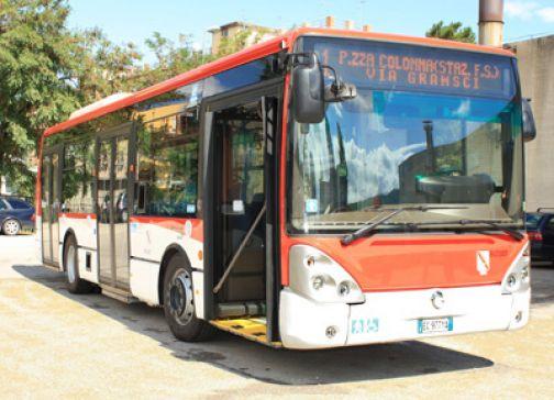 Intesa tra Comune e Trotta Bus sul sanzionamento dei parcheggi irregolari