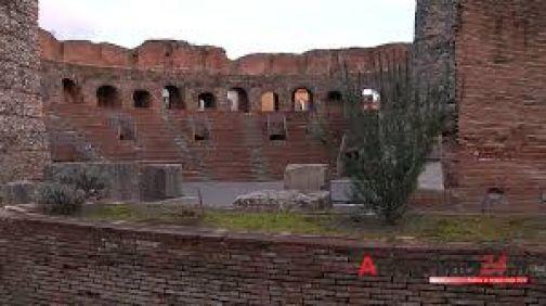 Al Teatro Romano presentazione del libro 'Il Cammino dei Teatri'