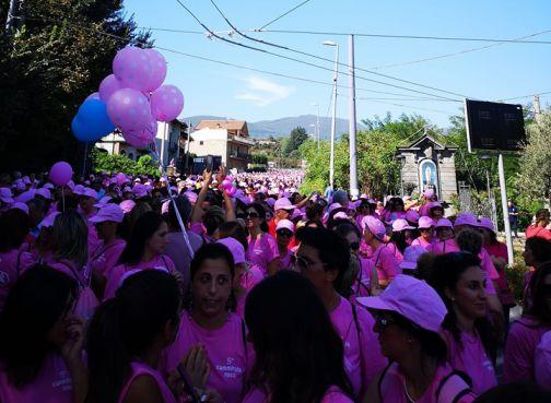 'Camminata Rosa', il 29 settembre la sesta edizione