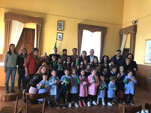 Progetto plastic free, Di Maria partecipa al progetto scolastico di Santa Croce