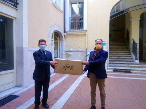 Covid19, Mastella dona mascherine ai medici di famiglia della città