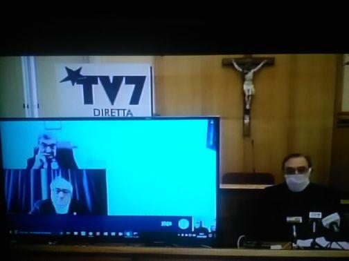 Covid-19: la conferenza stampa conferma 13 casi. In arrivo al San Pio un analizzatore dei tamponi. Nessun focolaio nel Sannio.