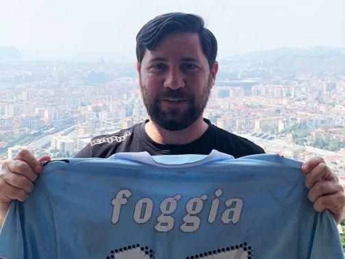 """Asta solidale """"Je sto vicino a te"""": Pasquale Foggia accetta l'invito di Fabio e Paolo Cannavaro e di Ciro Ferrara e dona la sua maglia"""