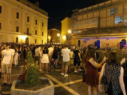 Covid-19, fase 2: centro storico e vita notturna