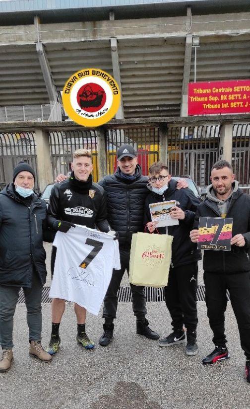 """Curva Sud Benevento: """"Colpiti dal gesto di Gaich"""""""