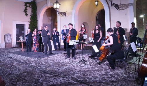 Benevento, 'Raccontando Traviata', successo per la versione moderna dell'opera di Verdi