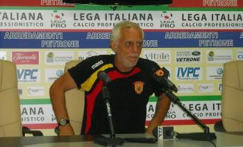 tecnico del Benevento Gianni Simonelli